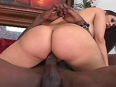 In this porn video you can see slutty bitch